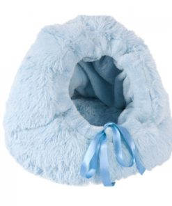 Cama cueva iglu con textura de peluche de la marca o lala pets Esther. Criadores de caniche toy, caniche mini toy y cavalier