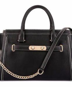 Bolso Chic bag de color negro es un elegante bolso para perros de talla pequeña. Criadores de caniches toy, caniche mini toy y cavalier